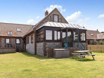Photo for 3 bedroom property in Sheringham. Pet friendly.