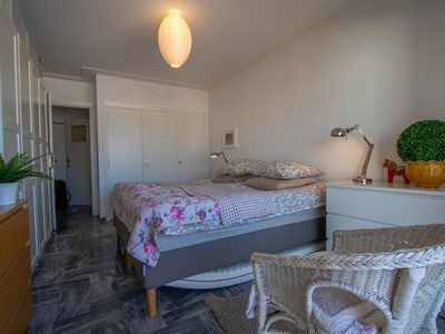 Photo for Two rooms close to the beach in Juan-les-Pins