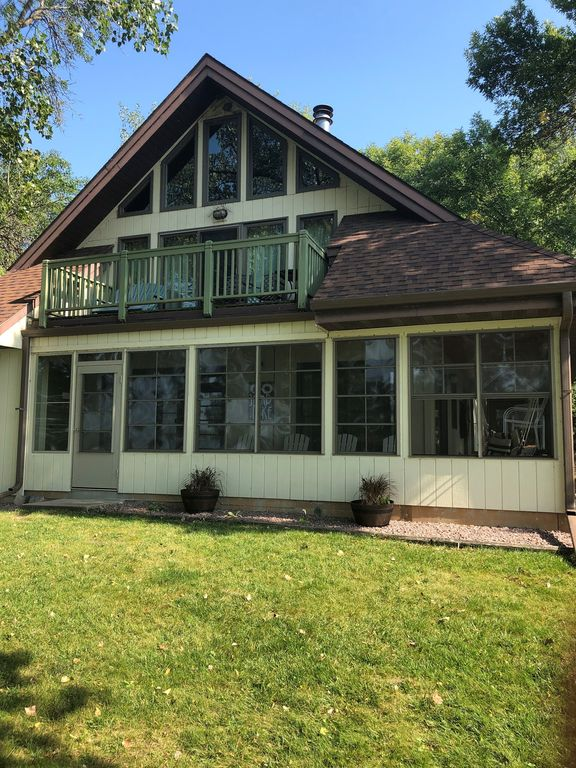 Great Year-Round Lakeside Home by State Park, Golf, & Other Activities - Ortonville