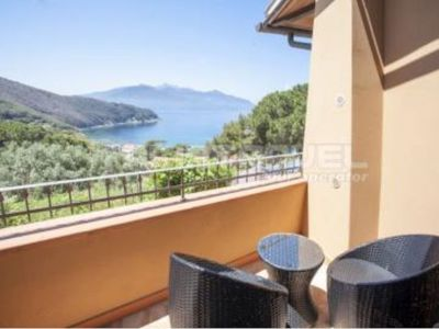 Photo for Two-room Paradiso with terrace on the Viticcio Seafront