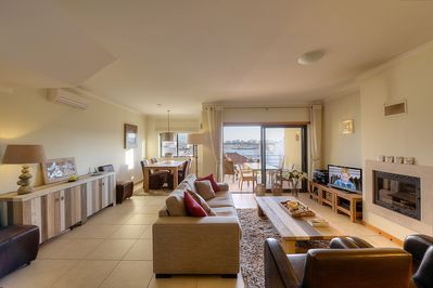 A beautifully spacious living room with sea view (only unit 1 and 2).