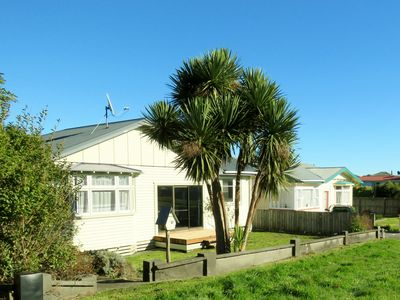 Photo for Glow Worm House - walk to the glow worms & the beach. Family friendly home