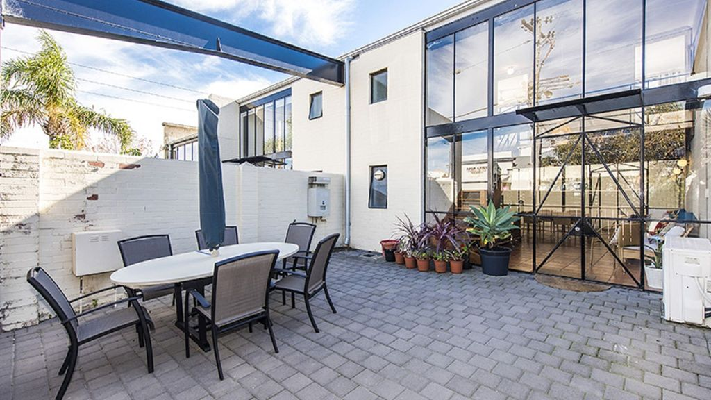 Stunning 2 bedroom South Fremantle townhouse