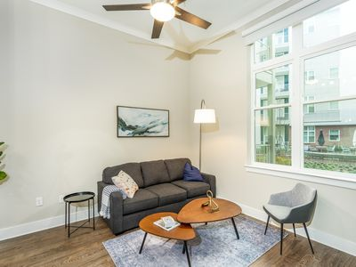 Photo for Kasa | Atlanta | Incredible 1BD/1BA Buckhead Apartment