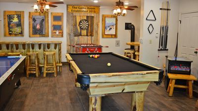 Family Fun At The Game Room: Pool Table, Foosball, Air Hockey, Darts Hot  Tub   Peter Pan