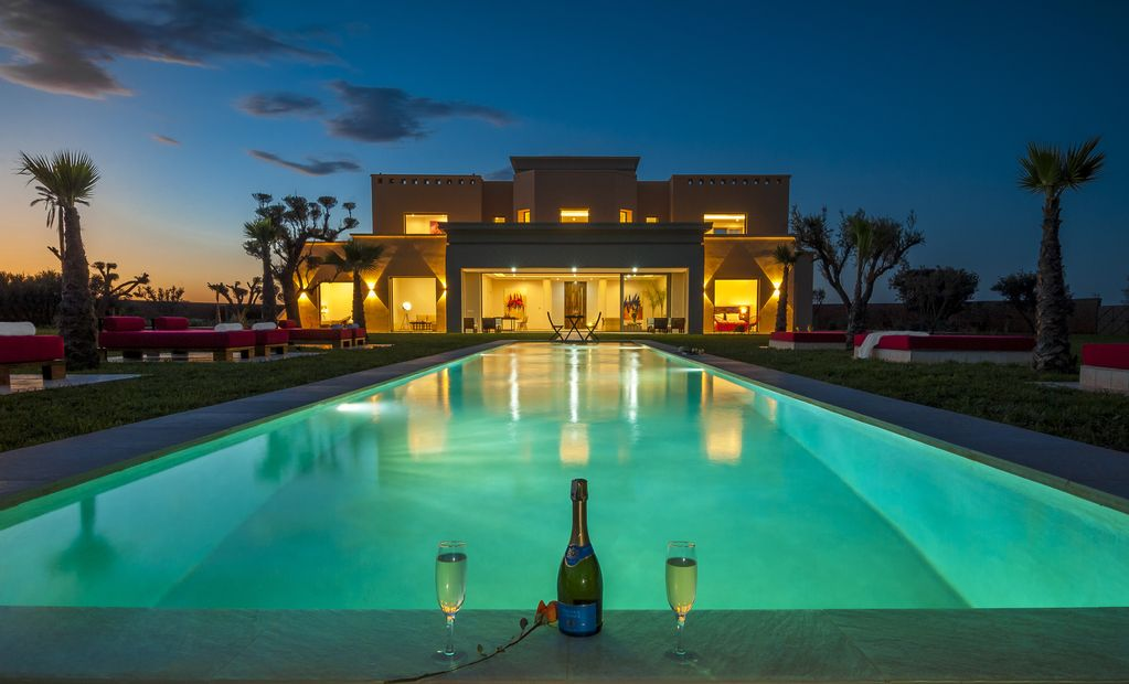 LUXURY VILLA OF 750M2 WITH SWIMMING POOL IN MARRAKECH FOR 12 PEOPLE. Medina Villa  Rental