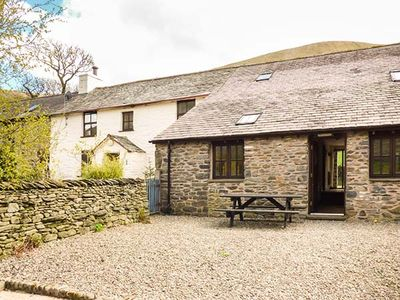 Photo for MOUNT COTTAGE, pet friendly, with a garden in Tebay , Ref 915761