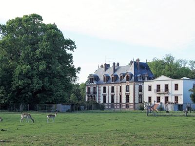 Photo for Chateau de Montlieu, forest of rambouillet. Villa 3 rooms on garden and forest.