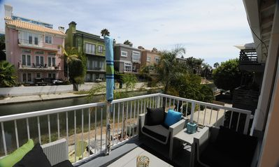 Photo for Venice Canals And Venice Beach 2+2 with Beautiful Views