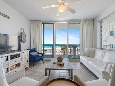 Photo for Fantastic Ocean View! Walk to beach, pier & restaurants from stylish condo.