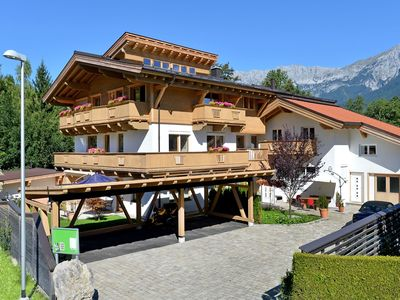 Photo for Luxuriously furnished apartment near the Ellmau ski lift and town centre