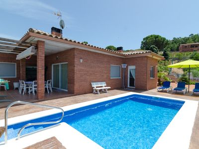 Photo for Club Villamar - Modern house with private pool and large exterior area to enjoy your holiday