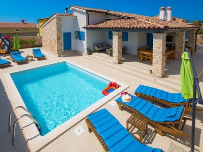 Photo for Warm, sunny, private and family friendly villa, where pets are welcome