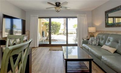 Photo for 110- GORGEOUS and freshly renovated with amazing gulf views! Destin Beach Club