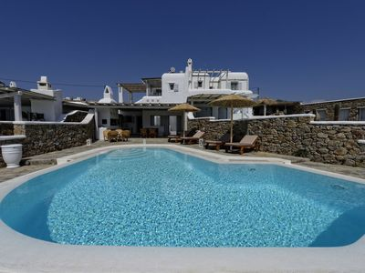 Photo for Beautiful large luxury villa, private pool, stunning views, near sea, Mykonos