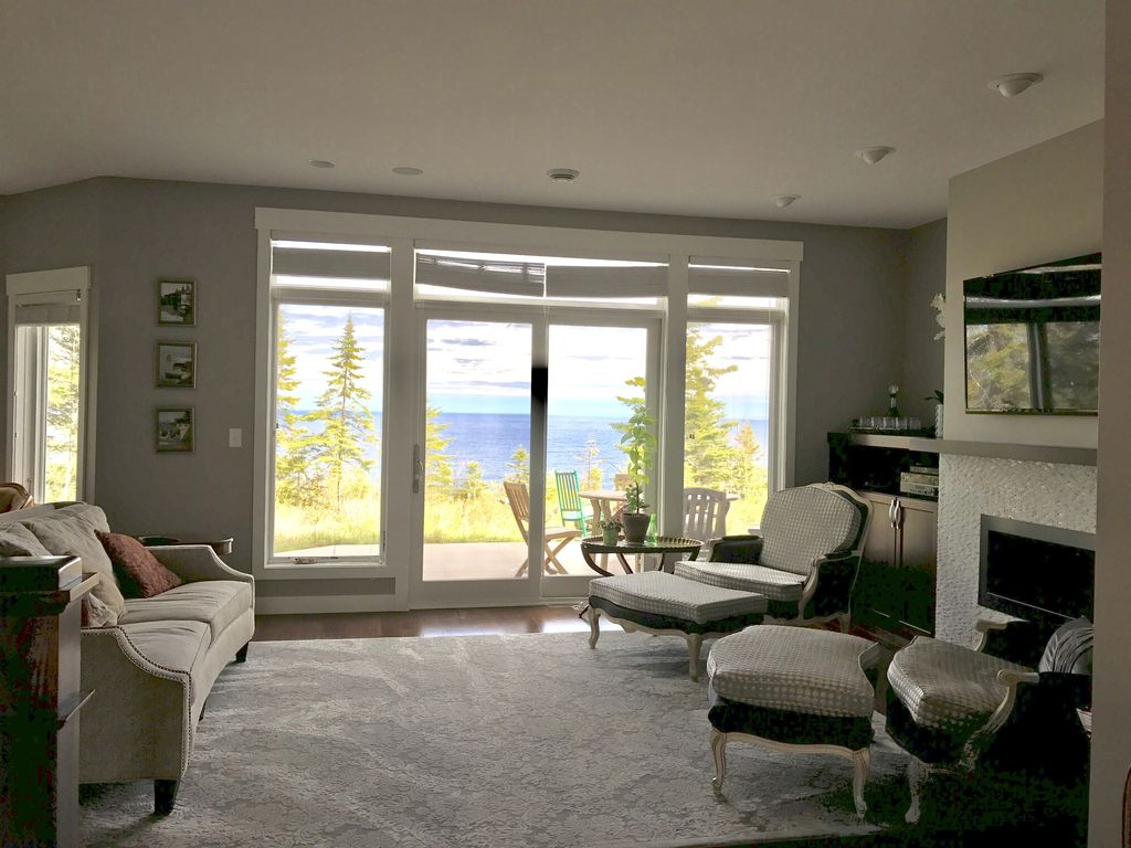 Property image7 sweeping lake superior views and the comfort of a luxury hotel