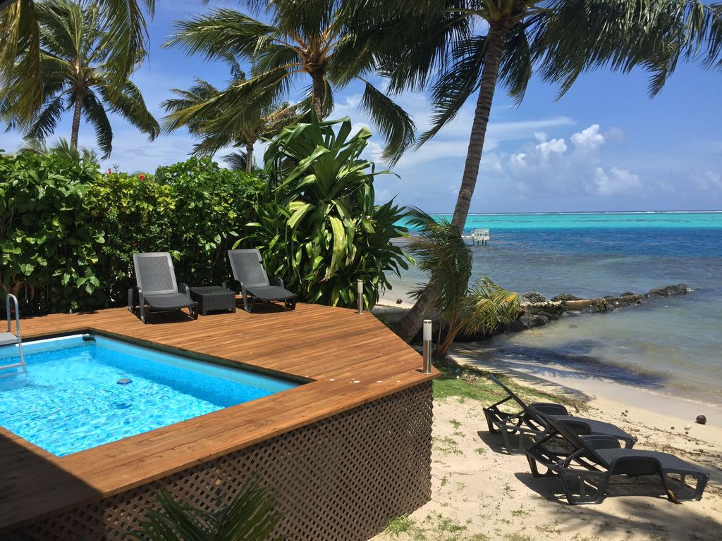 Maharepa Beach villa by ENJOY VILLAS MOOREA ,Plage de sable blanc + Piscine