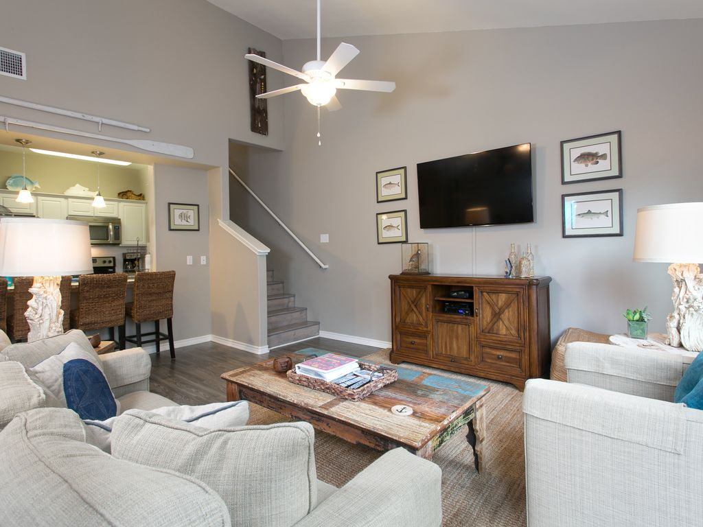 Spectacular Affordable Mini House Design: Spectacular & Affordable Upscale 3 Bed TH
