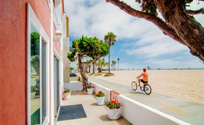 Photo for 4BR House Vacation Rental in Newport Beach, California