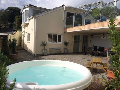 Photo for The Hideaway sleeps 6 (3 bedrooms), decking areas and hot tub!