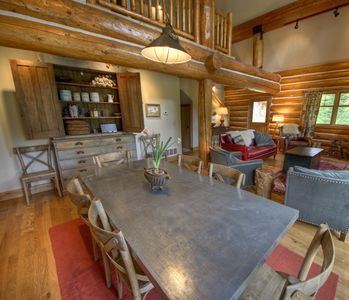 Photo for 4 Bedroom Luxury Ski in/ Ski Out Powder Ridge Cabin W/ Hot Tub