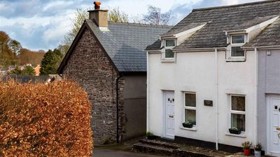 Photo for Penybont Cottage - Two Bedroom House, Sleeps 4