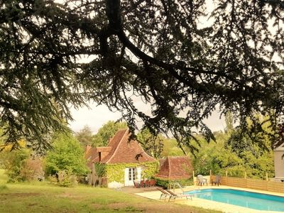 Photo for Beautiful  7 pers house with a large terrace and swimming pool in the Dordogne.