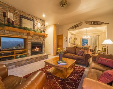 Photo for 3-Bedroom Mountain Getaway, on shuttle route, minutes from the slopes!