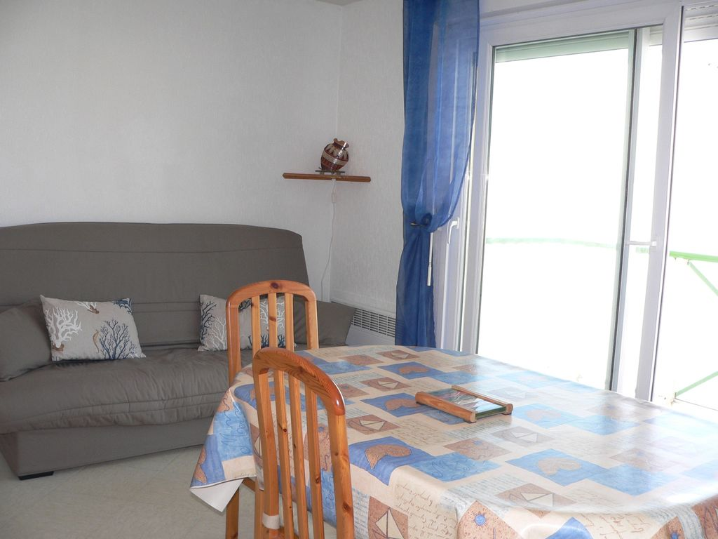 Fort mahon plage 2 room apartment near the beach water for Appart hotel fort mahon