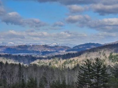 Photo for Brand New!!!! - 10 mins to DT Asheville, 15 mins to Biltmore, Gorgeous Views
