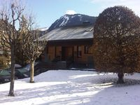 Nice situation, easy access to town and slopes of Morzine and Avoriaz.