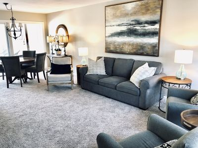 OPEN FLOOR PLAN LUVING ROOM WITH PLENTY OF SEATING