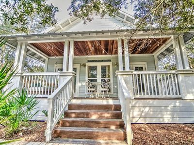 Cottage Living Along Scenic Hwy 30A! Minutes to Beach! Pool/Hot tub! Camp Creek