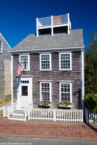 Photo for Heart of Nantucket Town. Prime location on idyllic Fair Street