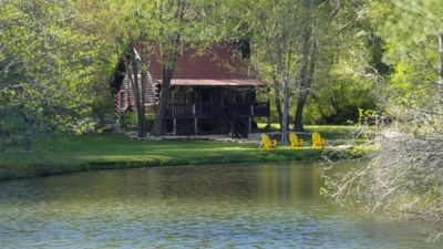 Photo for There is plenty to do here! Fishing, swimming, tubing, drive in, wineries