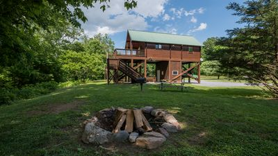 Photo for Beautiful Romantic River front cabin with mountain views,fantastic location!