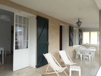Photo for T 3 terrace, garden, parking at 80 m from the beach