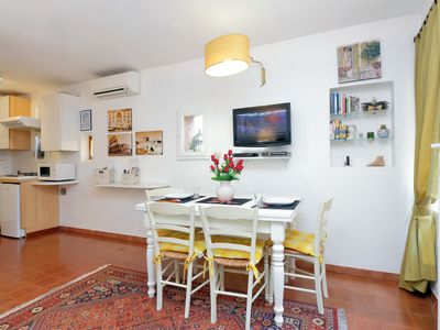 Photo for FLAT IN TRASTEVERE LUXURY APARTMENT, last minute ,COLISEUM, ROMAN FORUM, PANTHEO