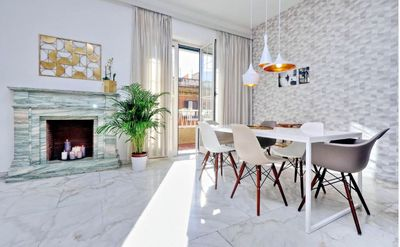 Photo for Elegant flat for 8 people near colosseum