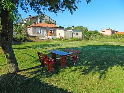 Photo for Holiday house with large garden and barbecue facilities