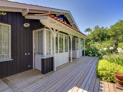 Photo for Charming house in Cap Ferret near the Mimbeau