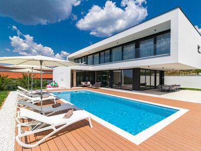 Photo for Magnificent Luxury villa only few minutes drive from Rovinj