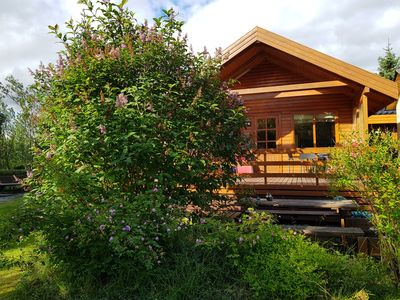 Photo for Exceptional Golden Circle cabin with Jacuzzi, free wifii and Northernlights