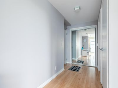 Photo for SimplyComfort. Lilac Fantasy 47 Floor in Downtown
