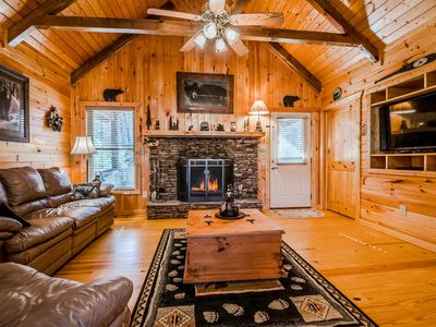 Photo for Luxury Cabin w/6 BRs! NEW HOT TUB, FIREPLACE, GAME ROOM! Only 8 mins to Helen!
