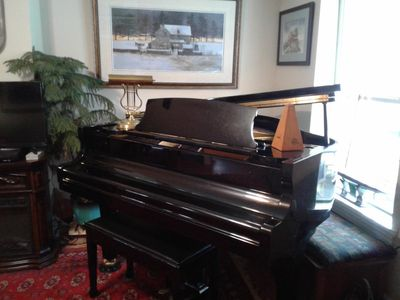 Baby Grand for your pleasure or practice!