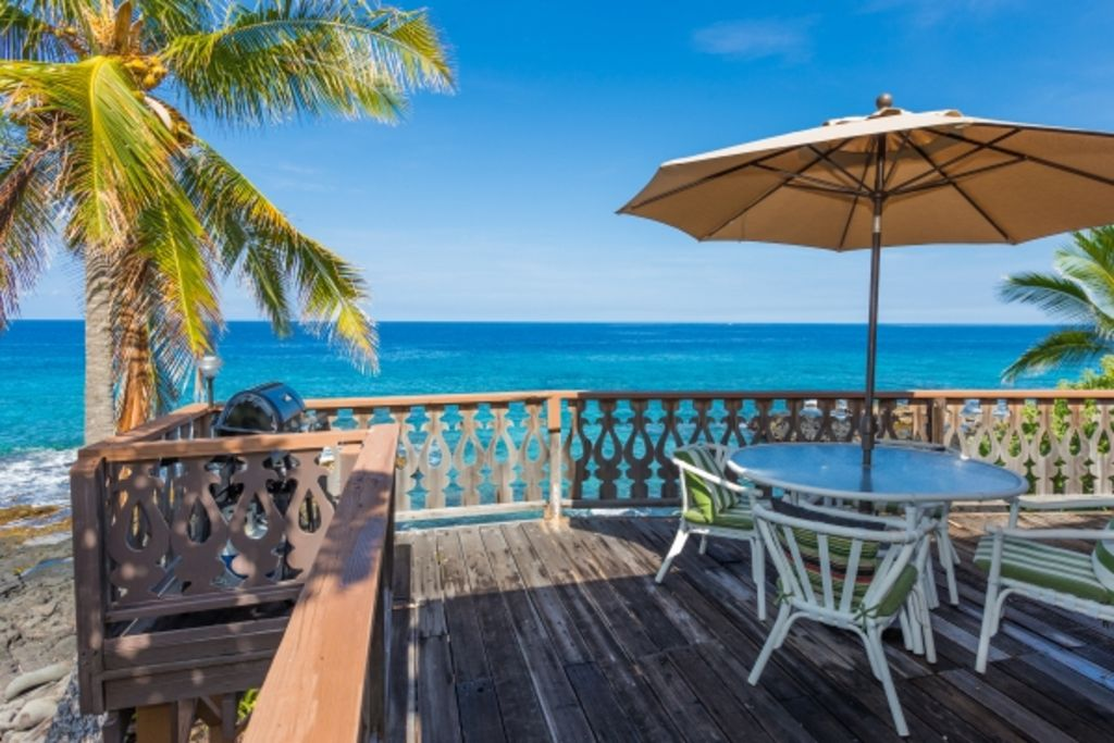 Oceanfront Vintage Hawaiian Island Home Spectacular Ocean And Sunset Views