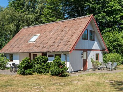Photo for 10 person holiday home in Allingåbro