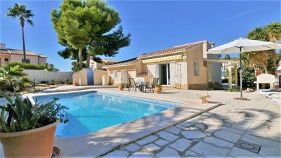 Photo for Calpe, villa 4 persons with private pool, beach 5 km.