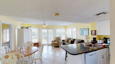 Photo for Beautiful 2 BR/2 Bath at Beach Front Resort